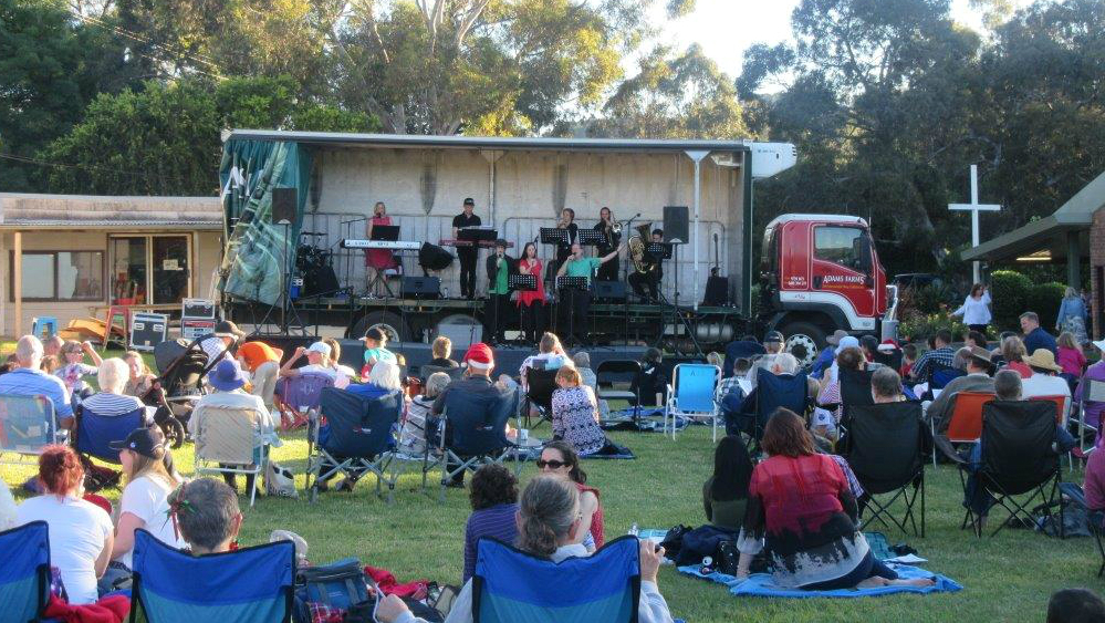 Carols on the Lawn 2016